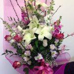 mazzo-fiori_bianco_rosa